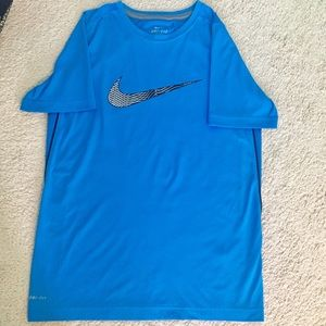 Nike Athletic Material T-shirt
